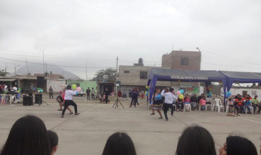 Festival intercultural en el Perú